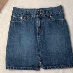 3for $20💙 Size 10 Tommy Hilfiger denim skirt